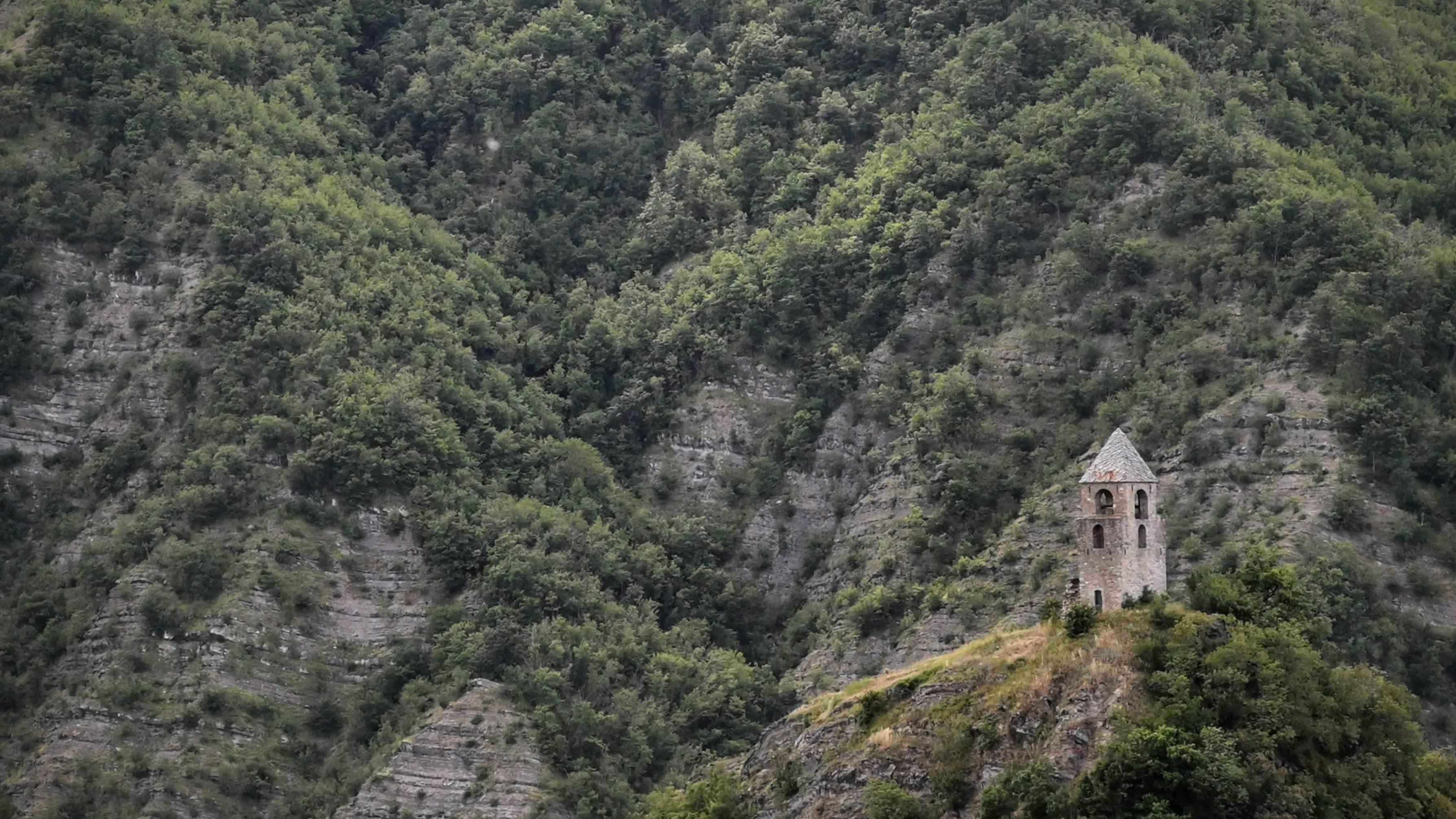 Antico Campanile di Rocca Corneta nell'Appennino Bolognese