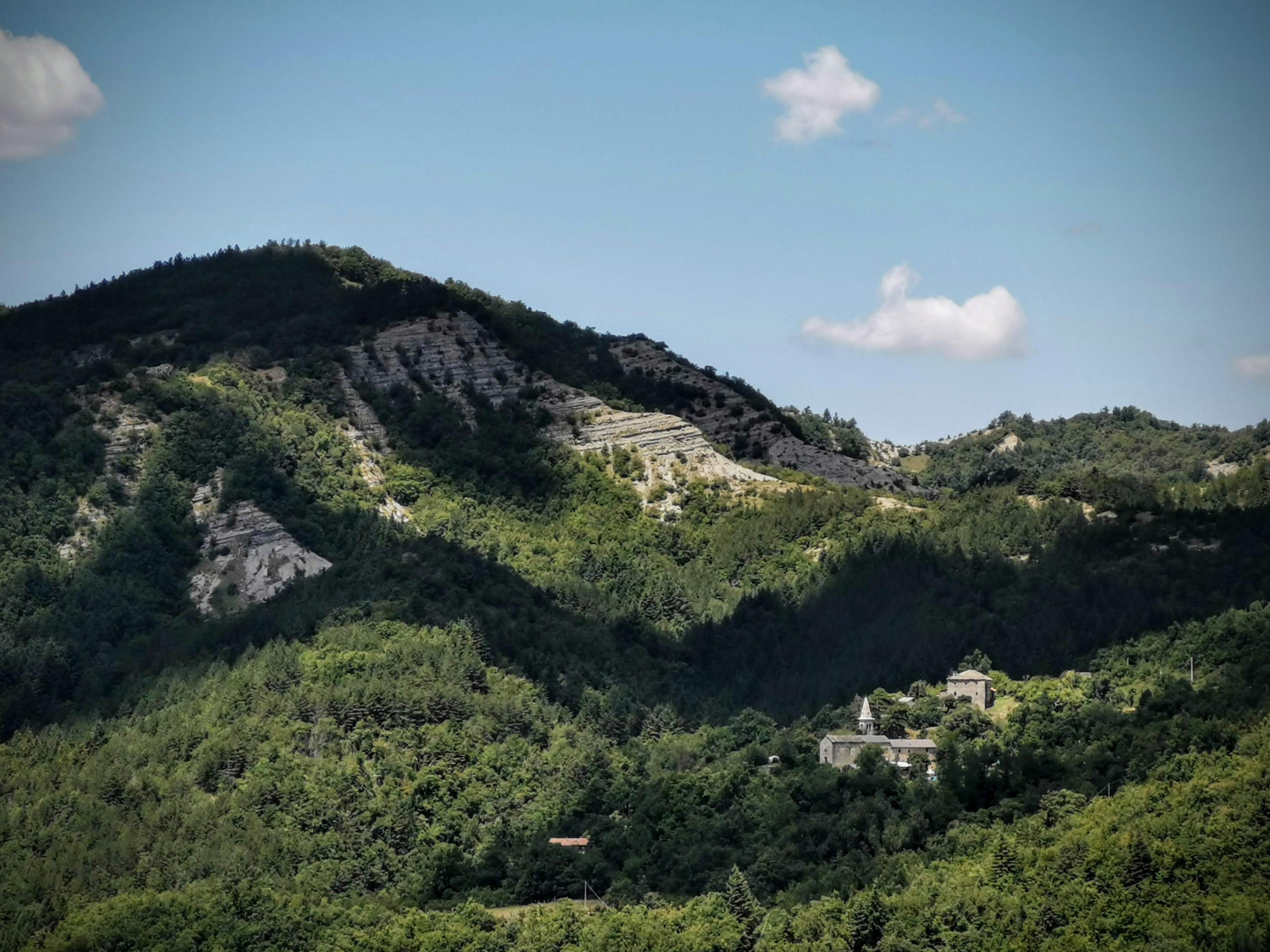 Borgo di Campanara nell'alto Mugello, Anello di Campanara