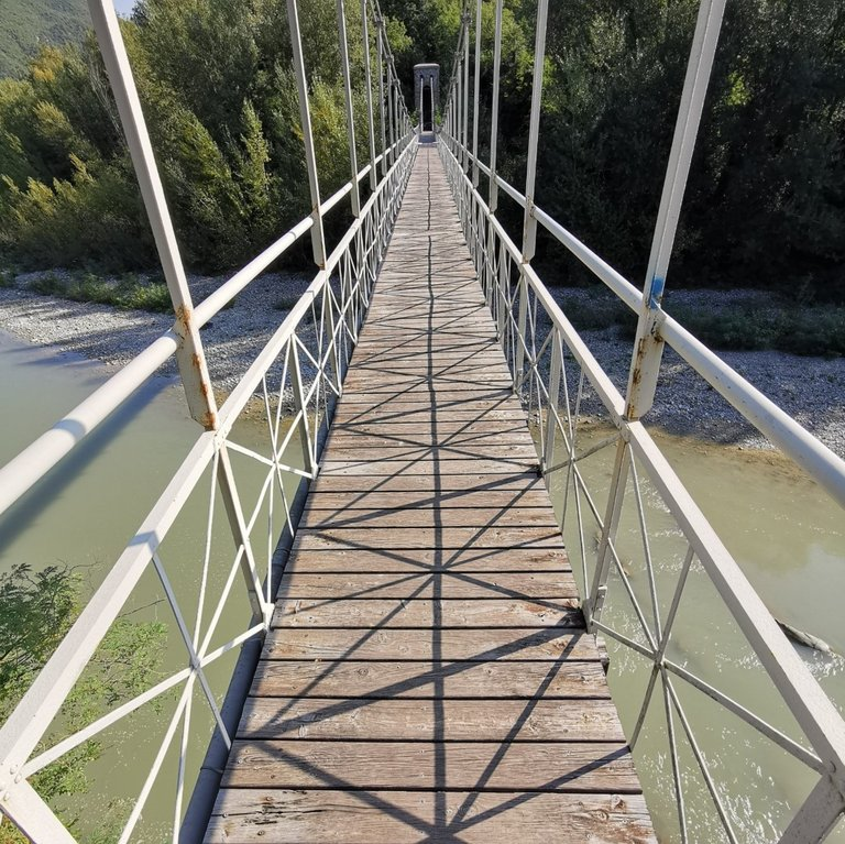 5 Valli, Passerella sul Reno a Marzabotto