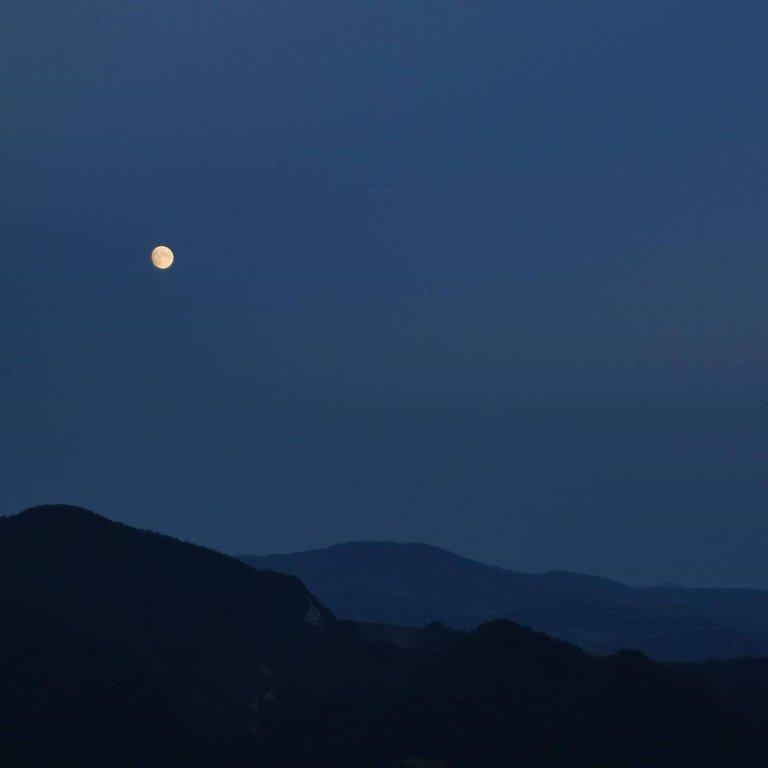 Crinale delle 5 Valli di notte